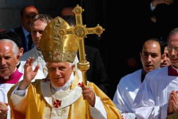Pope Benedict celebrates Mass in Bethlehem