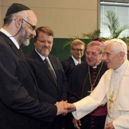 Pope Benedict XVI meets with Jewish leaders in Berlin