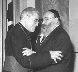 הקרדינל לוסטיג'ר והרב הראשי של צרפת, שמואל סיראט